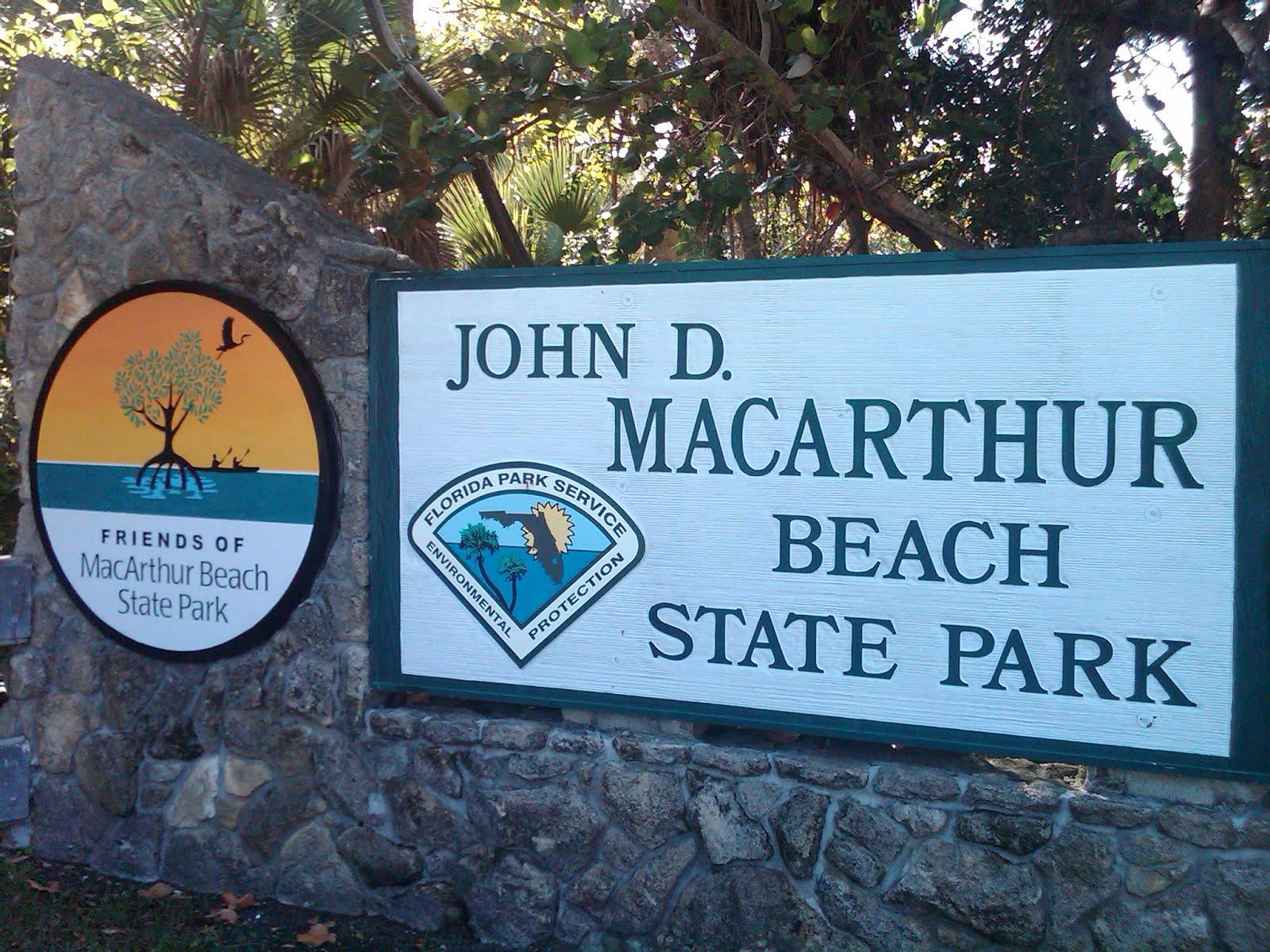 John D MacArthur Beach
