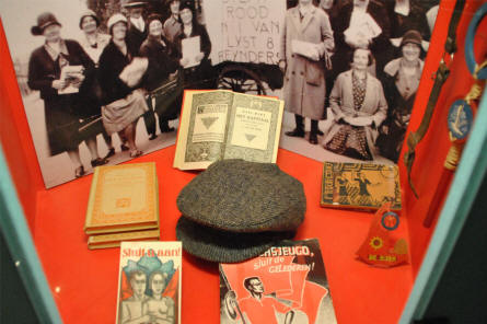 Dutch_Resistance_Museum_2012_01_small